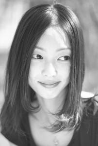 Ballet Studio Каначка ( バレエ スタジオ カナチカ ) ( 中目黒ブロードウェイ スタジオ )は 東京バレエ団 の現役 プロ バレエ ダンサーの レッスン 教室